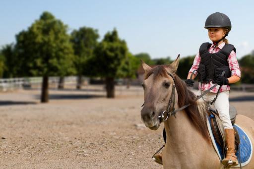 مهمترین فواید اسب سواری برای کودکان